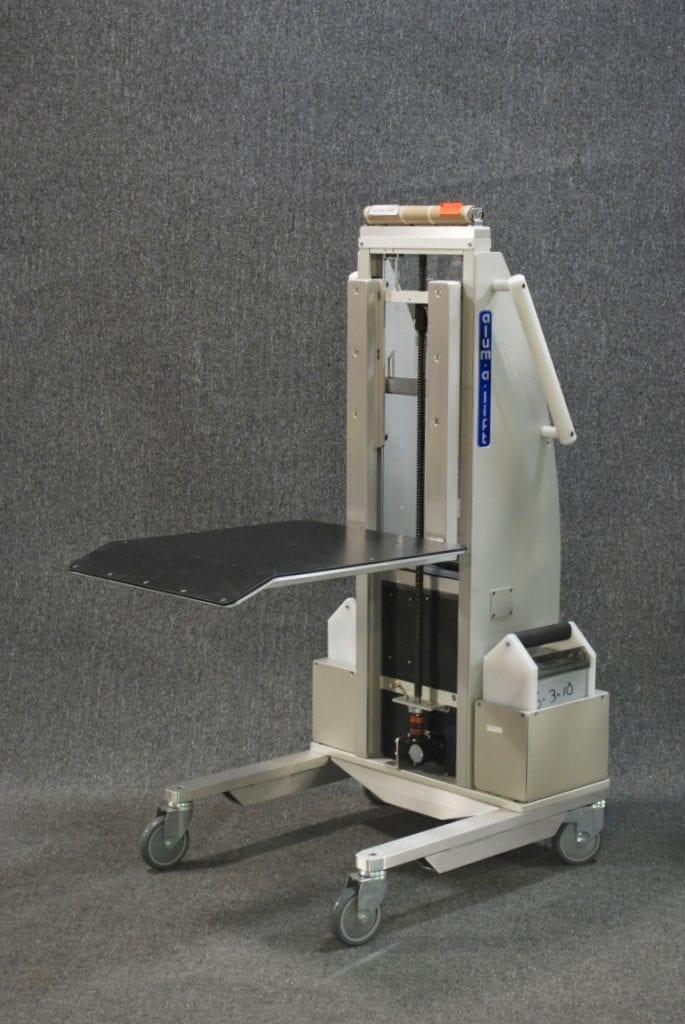 Platform Lift with Ramp for Slot Machines