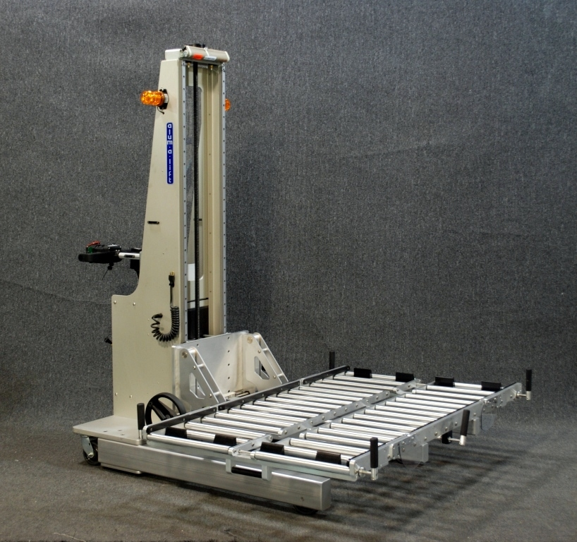 Power Drive Lift with Roller Deck for Large Server Modules