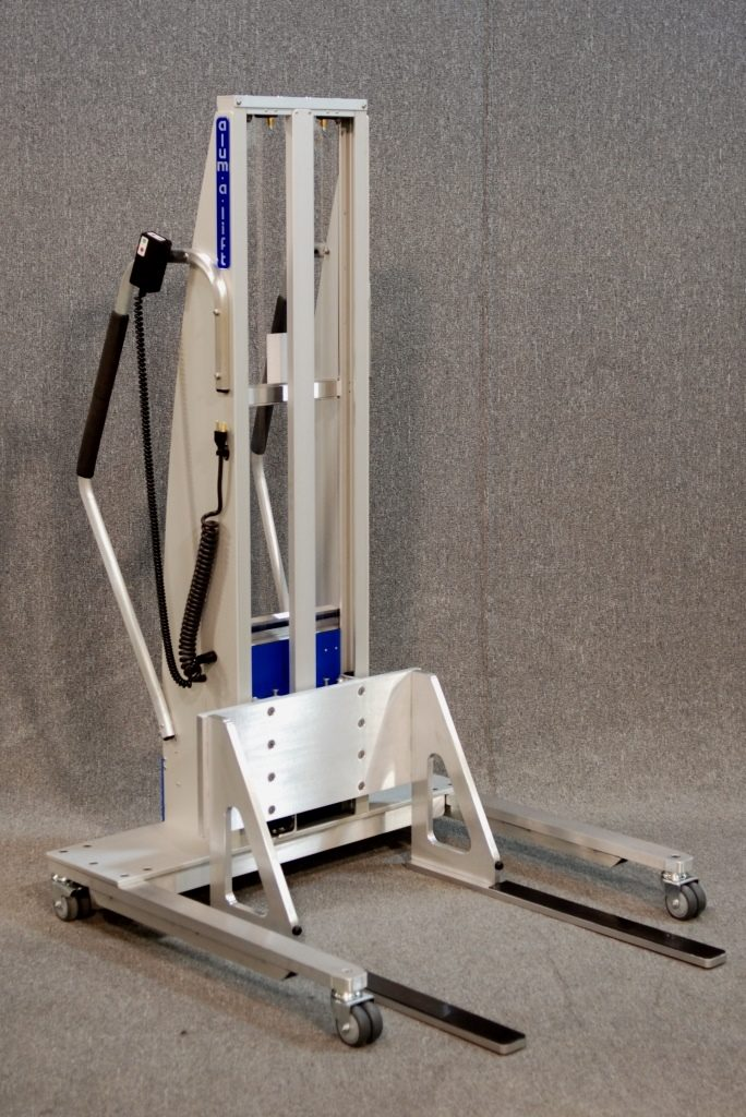 Lift with Fixed Width Plastic Lined Fork Set