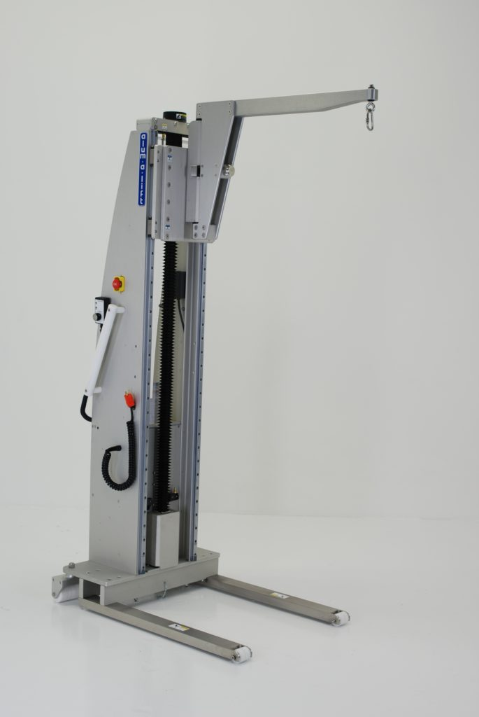 Lift with Pivoting Boom for Cleanroom Equipment