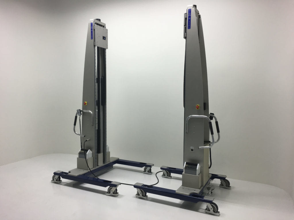Dual Lift System with Tandem Control Tether