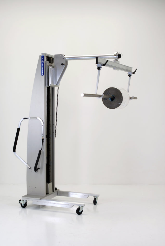 Prong Lift with Swiveling Crossbar ad Hooks for Rolls with Through Shafts