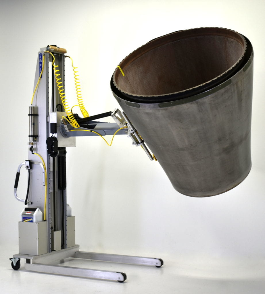 Custom Lift with Aircraft Exhaust Nozzle Manipulator