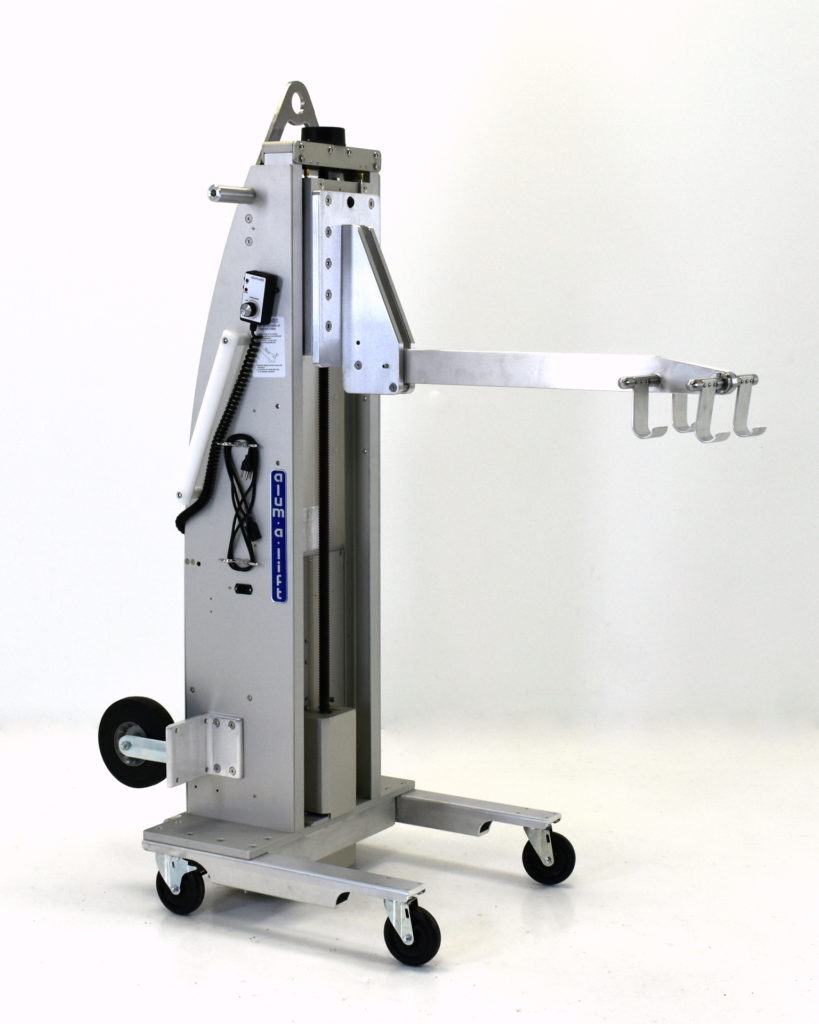 Compact Towable Lift with Hooks for Test Weights